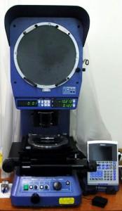 投影検査機